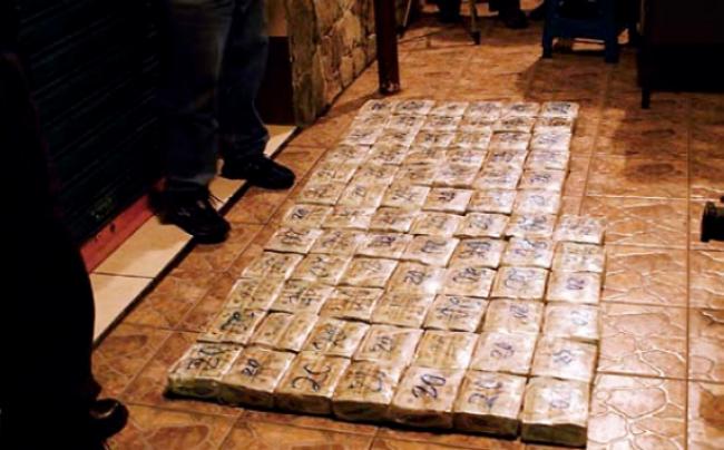 follar por dinero en efectivo sucio