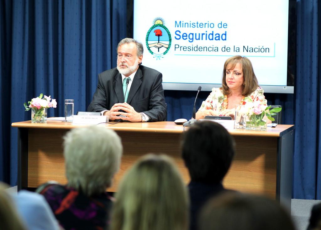 Nilda Garré y Rafael Bielsa.