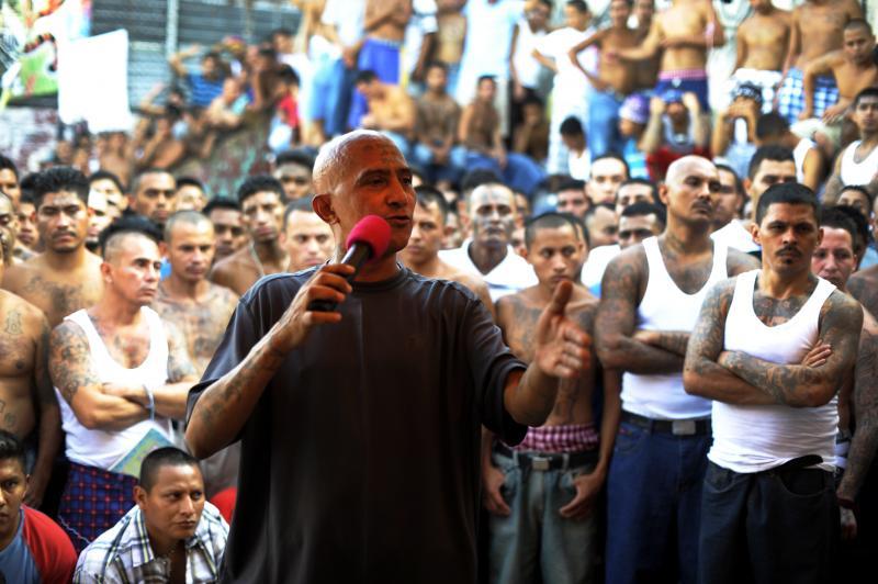 El_Salvador-gangs