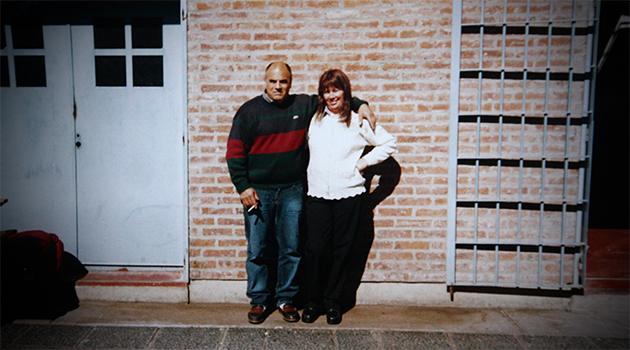 con su esposa