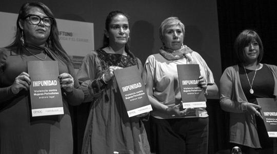 Violencia contra periodistas mujeres