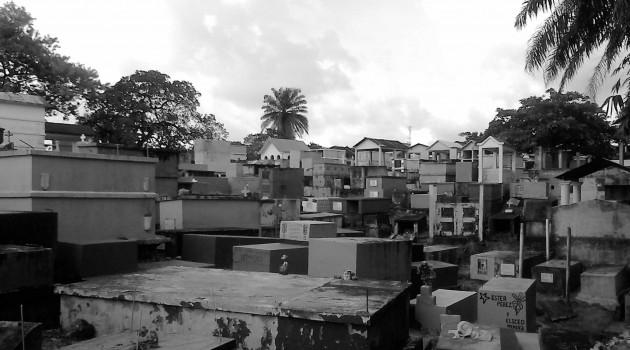 En el cementerio de Izabal se entierran entre 60 y 70 personas cada mes. En promedio 8 asesinados.