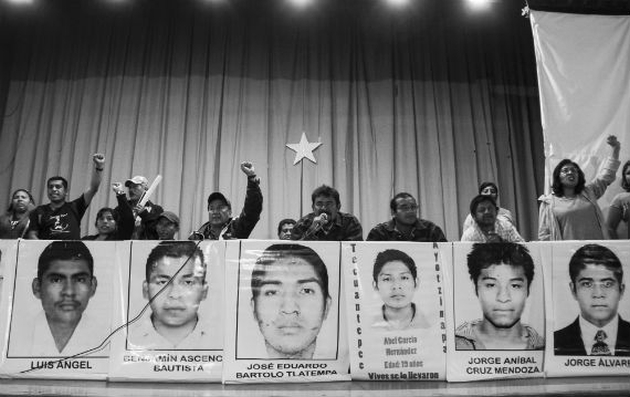 Padres Ayotzinapa 2 - Cuartoscuro