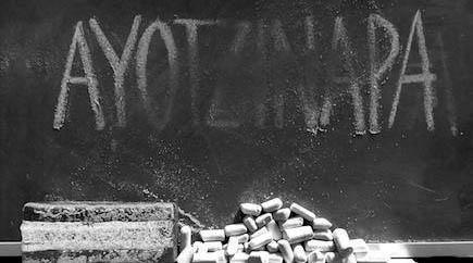 AyotzinapaPizarron