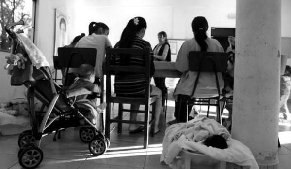 niñas mamás paraguay - efe