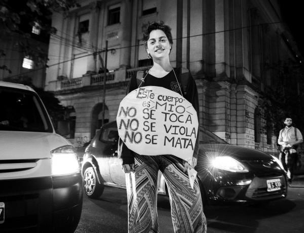 #NiUnaMenosLaPlata CosechaRoja-3