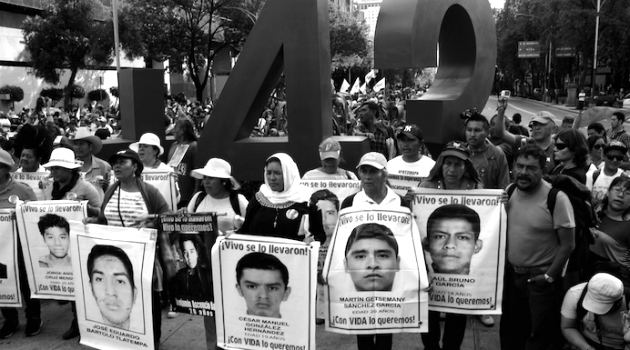 ayotzinapa 10 meses - Luis Barrón