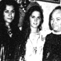Matar al padre: las hermanas satánicas y el relato de la locura