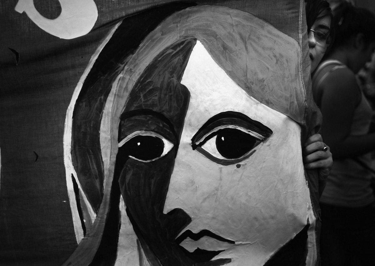 Capital Federal. 9 de Marzo de 2015. Diversas organizaciones feministas, sindicales y sociales realizaron manifestaciones por la despenalizacion del aborto frente al ministerio de salud de la nacion.