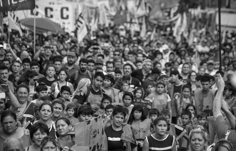 El segundo Lanusazo: 15 mil personas marcharon contra Kravetz