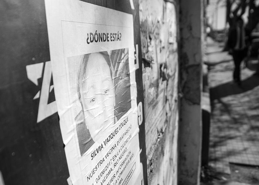 Viedma. 11-08-17. Afiches en el centro de la ciudad, para buscar a Silvia Vazquez Colque. Foto: Pablo Leguizamon