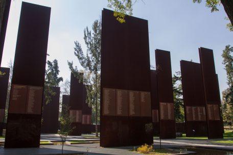 El Memorial a las Víctimas de la Violencia en México, a un costado de Campo Marte, en Reforma. Foto: Isaac Esquivel / Cuartoscuro.com