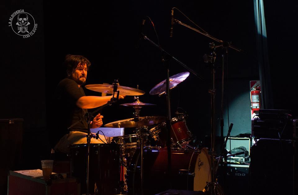 Juan Ledesma, el baterista de los Superuva.- Foto: Albóndiga con clavos