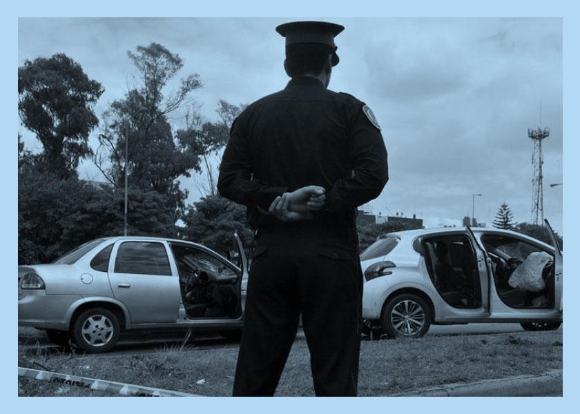 Fingía ser policía y abusaba de mujeres
