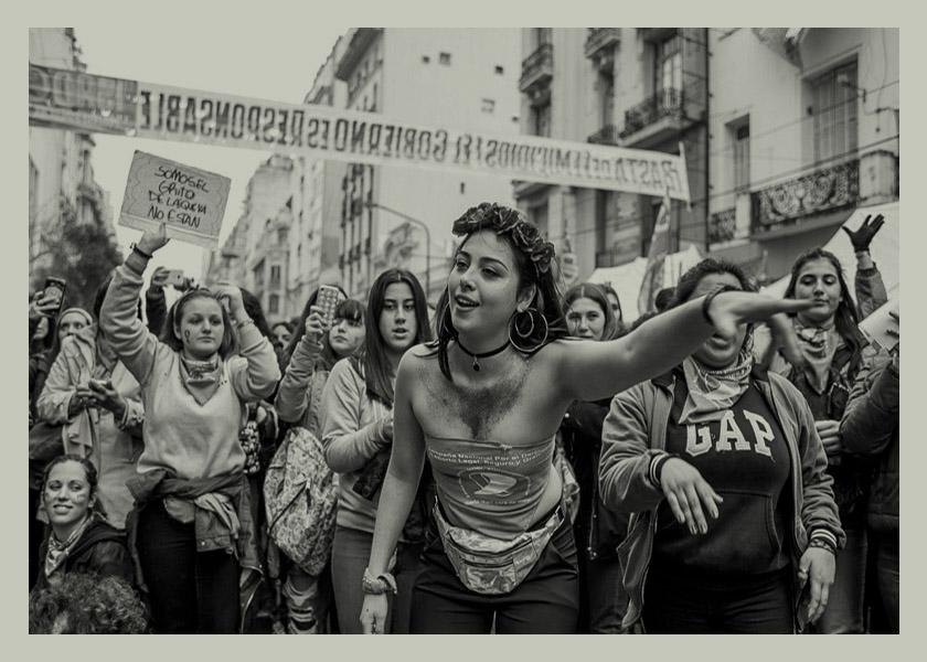 Cada seis minutos una adolescente tiene un hijx en Argentina