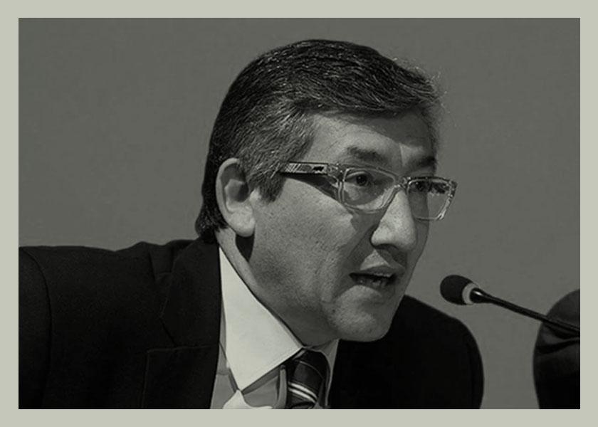 El fiscal condenado por violación sigue en su cargo