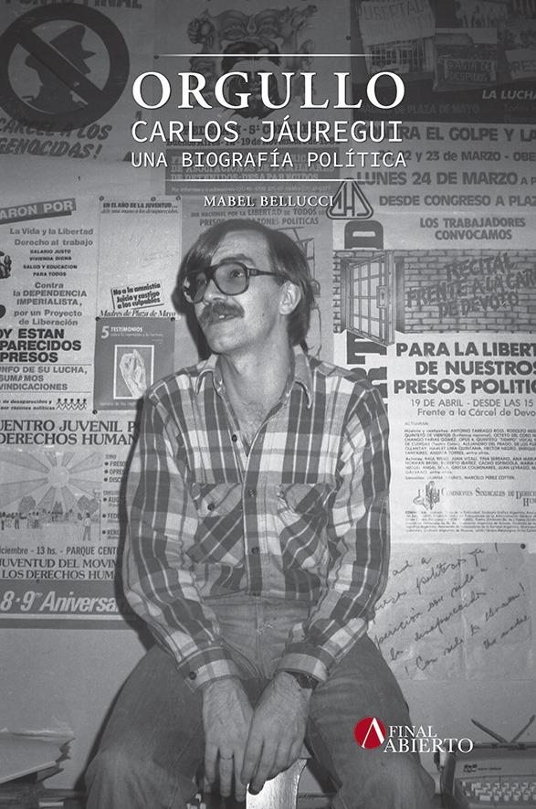 23 de Mayo de 1984. La elegida para la tapa. Carlos en la sede de la CHA en Diagonal Norte 825.