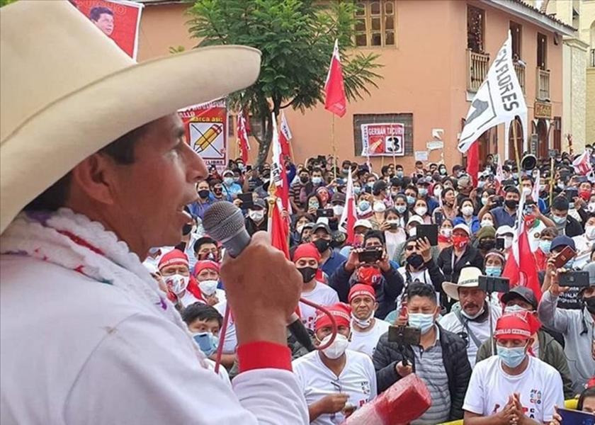 Pedro Castillo: el jinete de la izquierda conservadora galopa por Perú