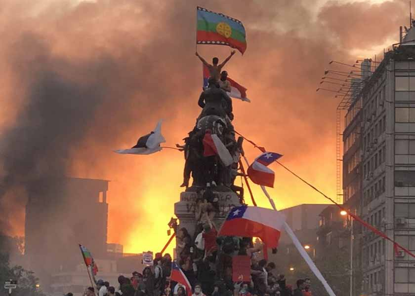 Chile más despierto que nunca: de tomar la Bastilla a escribir el futuro